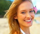 Dá para usar maquiagem na praia e na piscina?