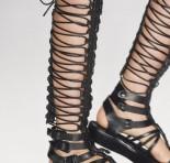 Como usar sandálias gladiadoras?