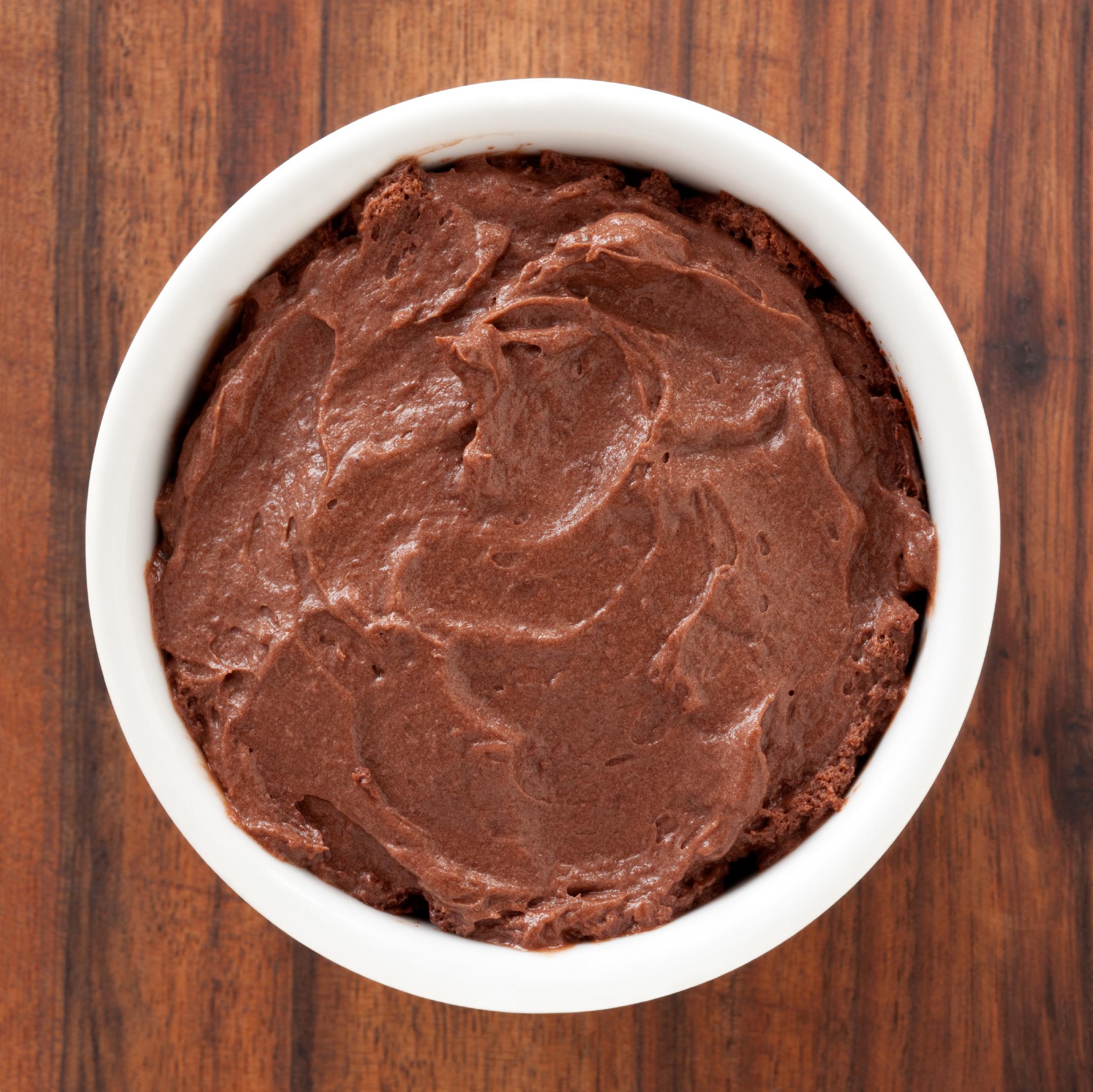 Aprenda a fazer: mousse rápido de chocolate