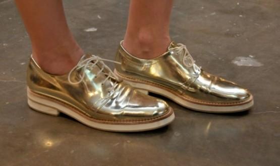 Sapatos metalizados: hot or not?